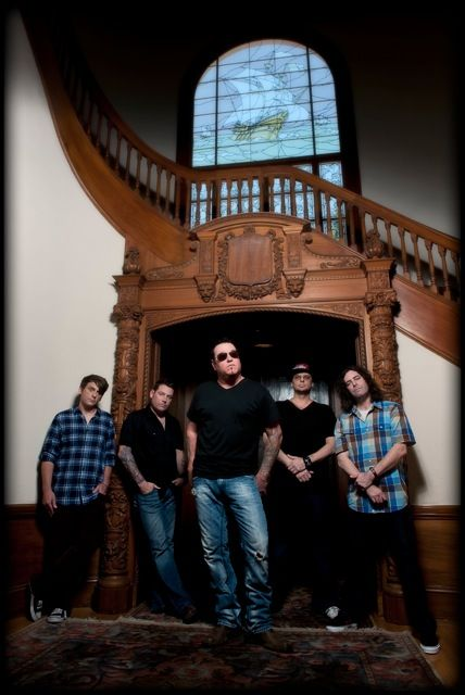 Smash Mouth poses for a photo