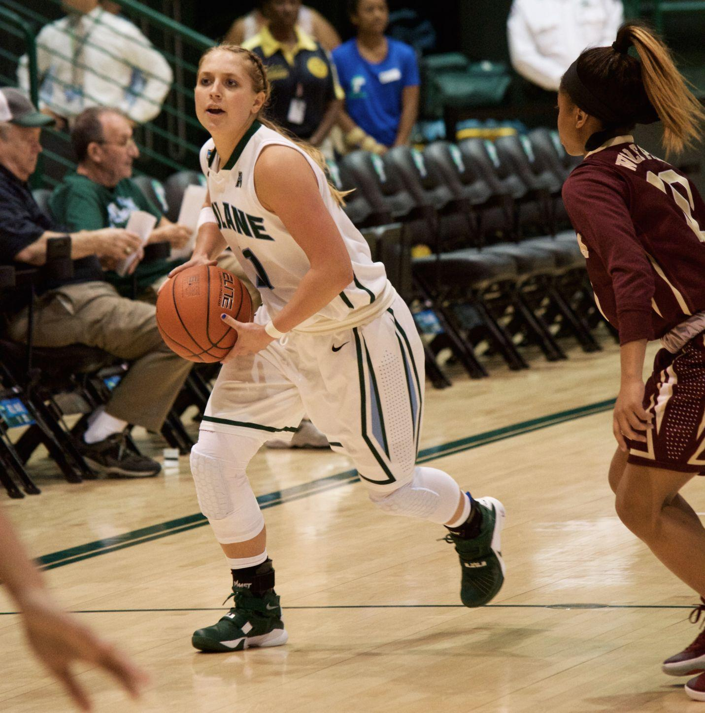 Junior guard Leslie Vorpahl