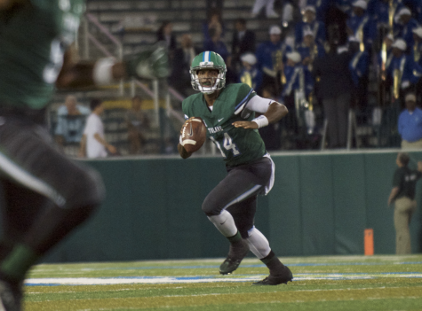 Redshirt sophomore quarterback Glen Cuiellette prepares to set up a play during Tulane's most recent home game against the University of Memphis. The Green Wave is currently ranked 3-4 overall, and 0-3 in the American Athletic Conference.