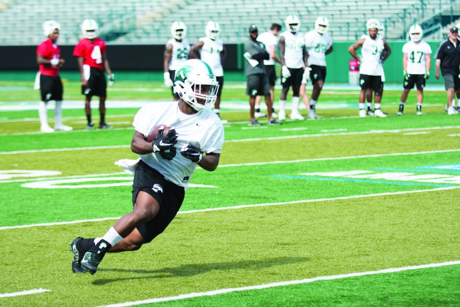 Do it live: Spring practices prepare football for consistency in 2017