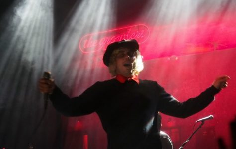"The Growlers put goth in ""beach goth"" at Joy Theater"