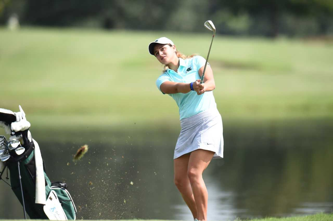Gabrielle Correia carded scores of 72 and 73 at the Ruth Tar Heel Invitational, taking 16th place.