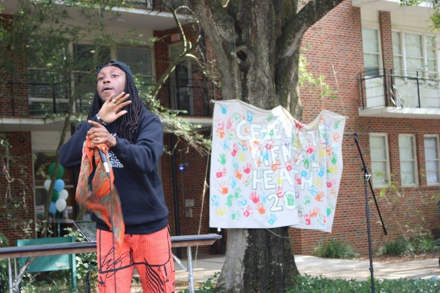 The+Celebrate+Mental+Health+Festival+is+a+day+filled+with+music%2C+crafts+and+community.+Tulane+students+came+together+to+destigmatize+mental+health.