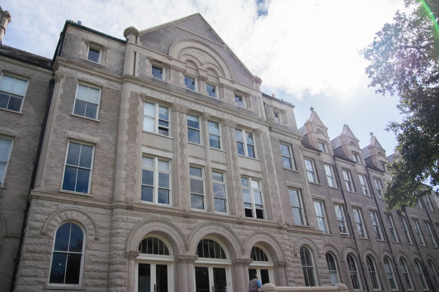 The Richardson Building was established in 1894. Richardson Memorial is a five story brick and limestone building. It is a  example of the Richardsonian Romanesque style building. It was one of the first buildings to be constructed on the new campus.