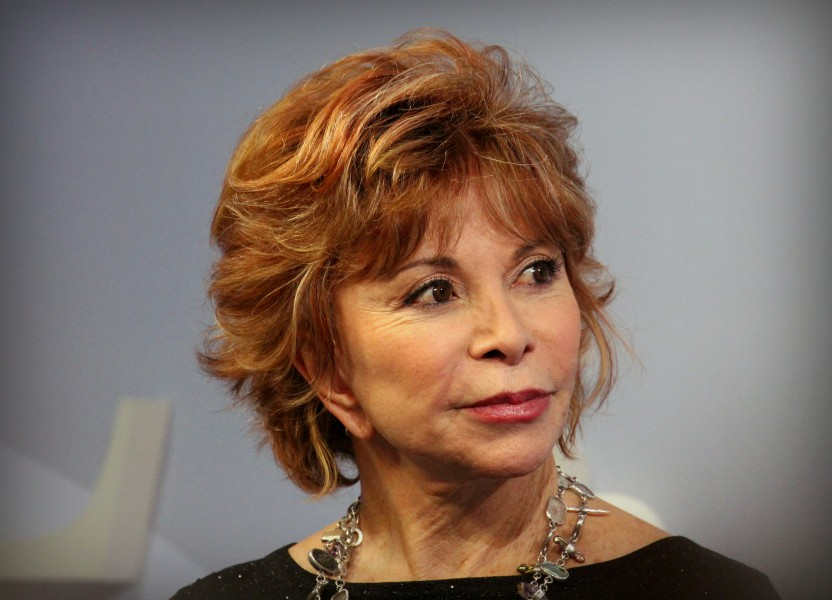 Isabel+Allende+promotes+her+new+book+at+the+Academy+of+the+Sacred+Heart.+The+novel%2C+%22In+the+Midst+of+Winter%2C%22+was+released+in+October+and+ranked+as+No.+7+on+the+Washington+Post%27s+bestseller+list%2C+as+of+last+week.