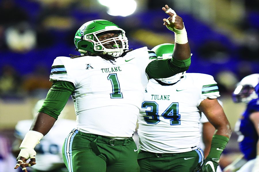 Green+Wave+football+clinches+win+over+ECU