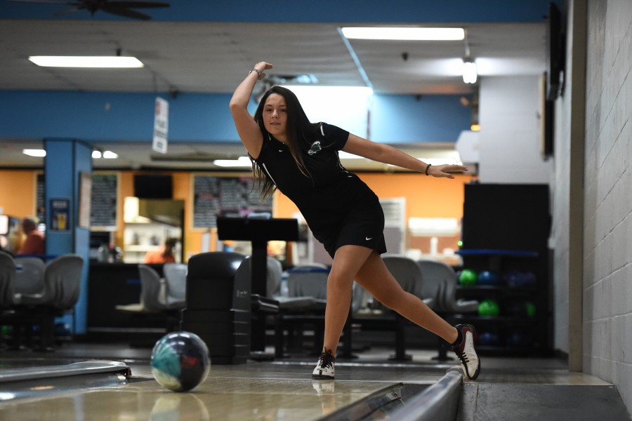 Junior Tiera Gulum winds up and fires down the lane. Gulum and the rest of Tulane women's bowling will hope for success in this weekend's USBC Intercollegiate Sectionals in Fairview Heights, Illinois.