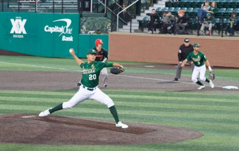Tulane soils its season with loss to LBSU Dirtbags
