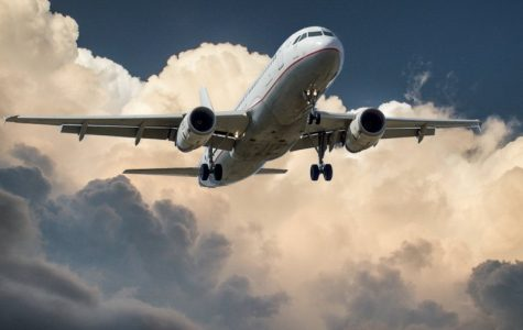 Airlines compete for student business over spring break