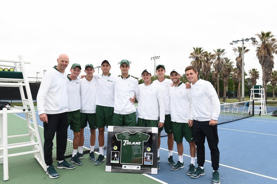 Tulane+men%E2%80%99s+tennis+celebrates+the+conclusion+of+its+regular+season+after+a+6-1+win+over+USF.+The+team+will+begin+its+postseason+by+taking+part+in+the+American+Conference+Championships+beginning+April+19.