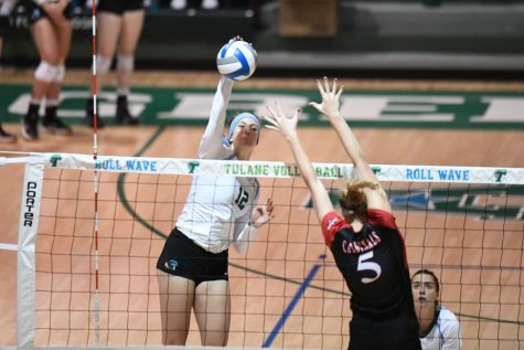 Green Wave vollyball will be rolling into the weekend hot, but will the team's streak hold?