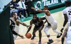 A Quick Huddle: Men's basketball edition