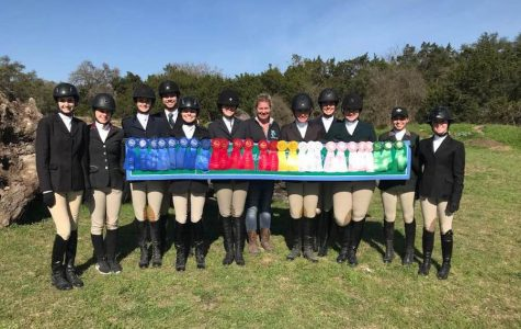 The Tulane equestrian team  shows off their accomplishments from this season.