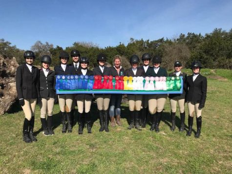 Equestrian team saddles up, rides into zone finals
