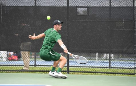 Junior Ewan Moore is ranked 65th in the nation according to Oracle/ITA Division I Men's Rankings.