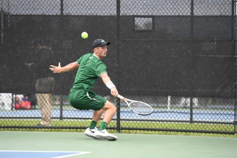 Men's tennis hits stride heading into conference championships