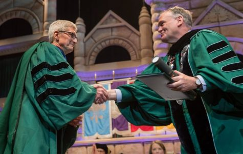 Apple CEO Tim Cook delivers commencement speech for Tulane's Class of 2019