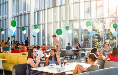 Student reviews Dining Hall at the Commons, offers hacks