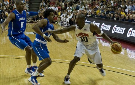 Kobe Bryant in the 2012 Pre-Olympic exhibition game.