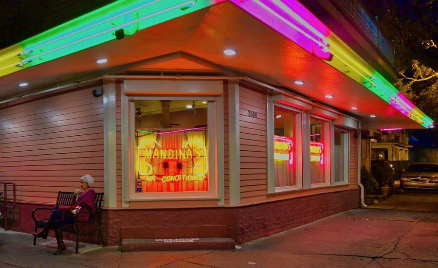 picture of mandinas restaurant in New Orleans