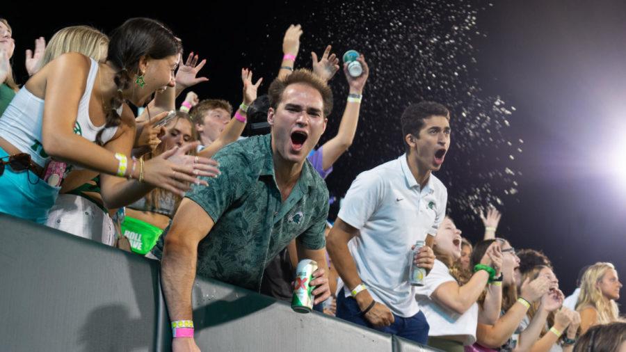 Tulane students celebrating a touchdown